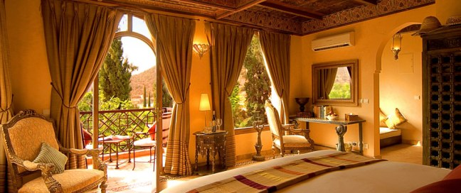 kasbah-bedrooms-deluxe_room-large[1]