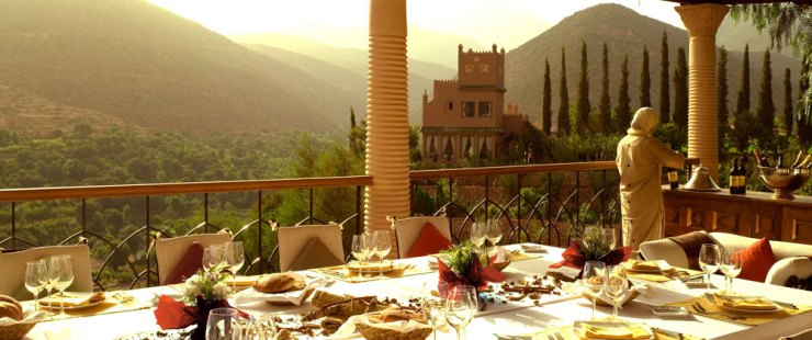 kasbah-dining-pool_terrace-large[1]
