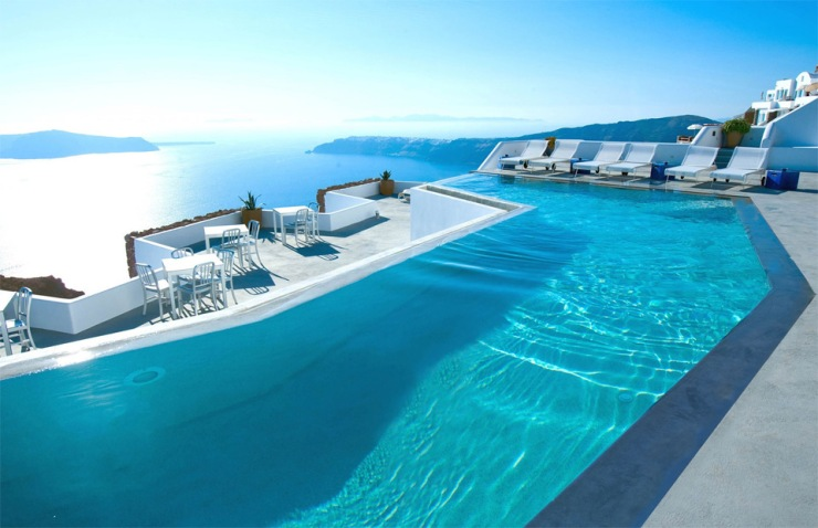 hotel-in-santorini-greece[1]