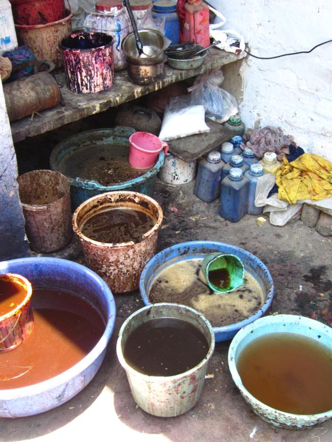 Natural dyes used in block printing