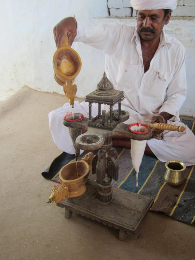 Preparing of opium for consumption
